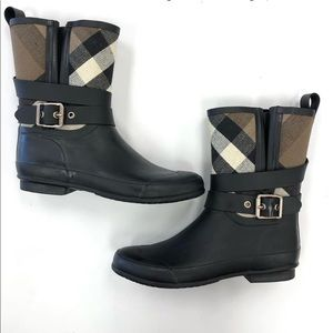 Burberry WomenHolloway Check Short Rain Boots
